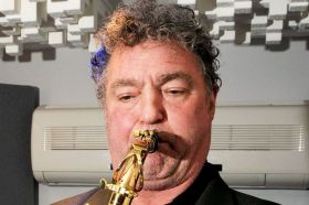 PAY-Saxophonist-Raphael-Ravenscroft-who-has-died